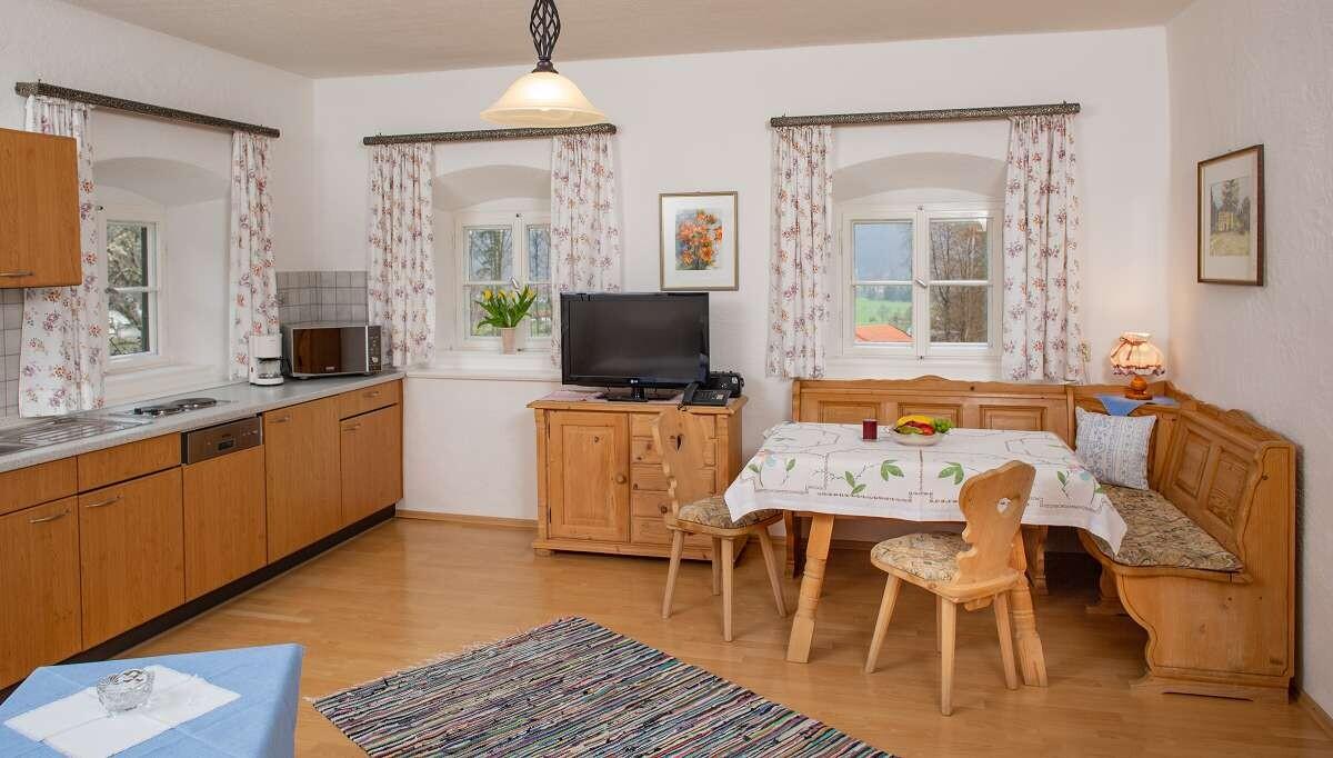 Wohnküche im bayerischen Stil